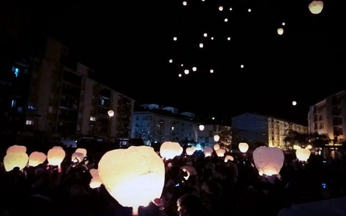 El euskera ilumina la noche de Ermua