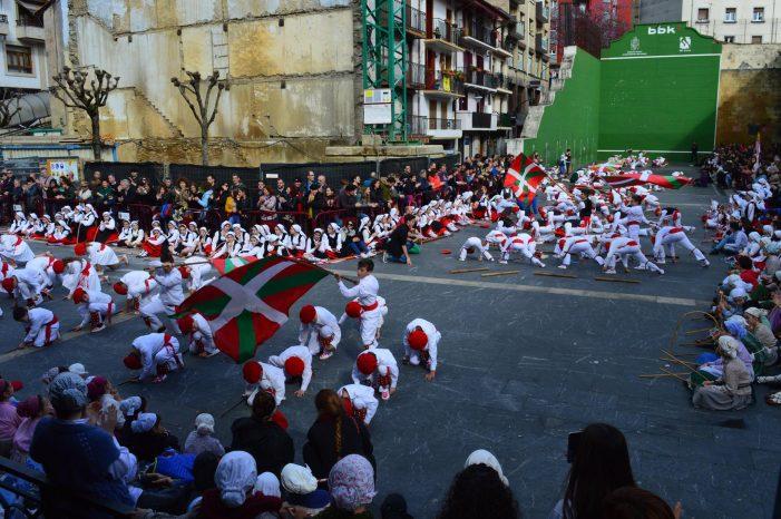 Música, teatro, danza y aniversarios en el mes de abril en Ermua